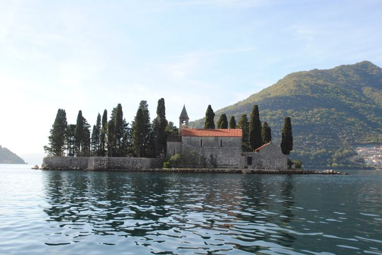 Montenegro travel guide with study work travel blog