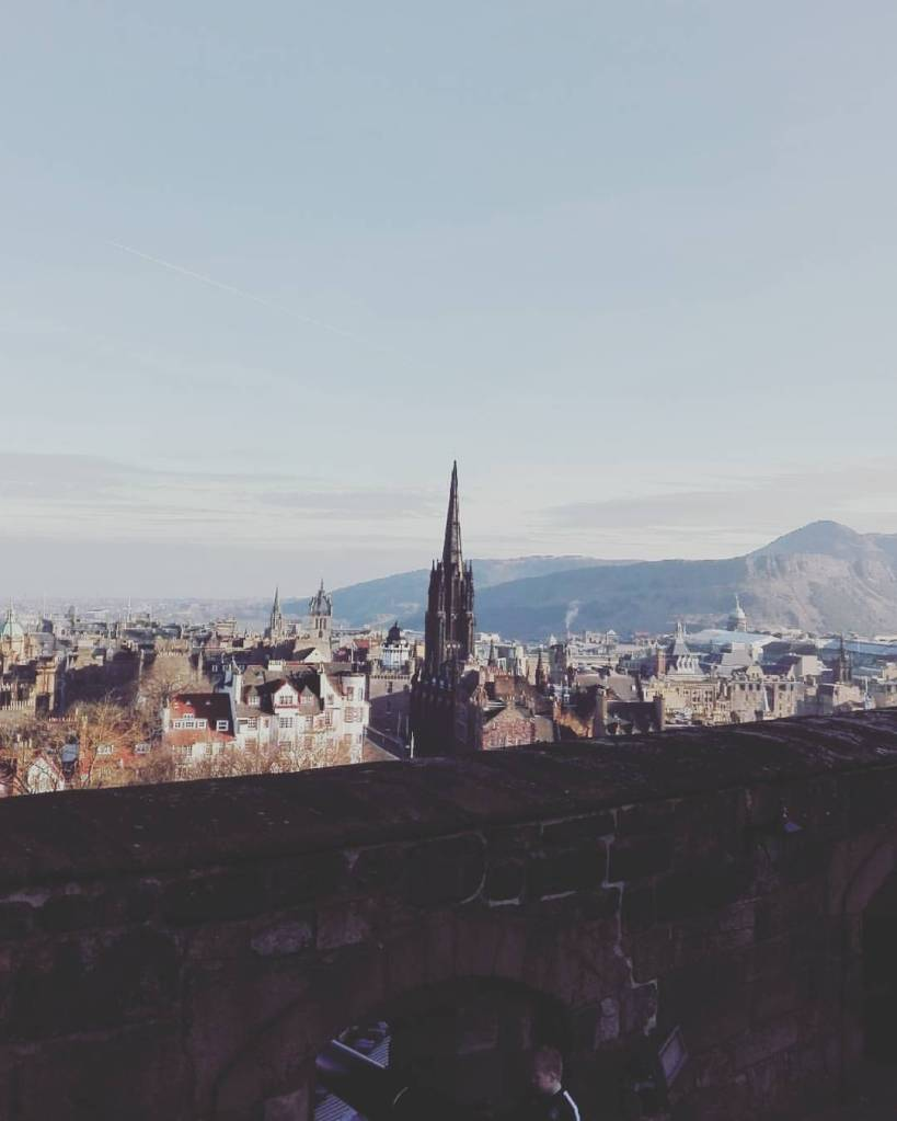 Edinburgh castle travel guide